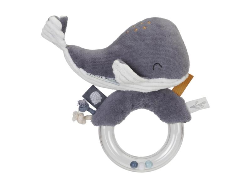 Chrastící velryba na plastovém kroužku ocean blue 1
