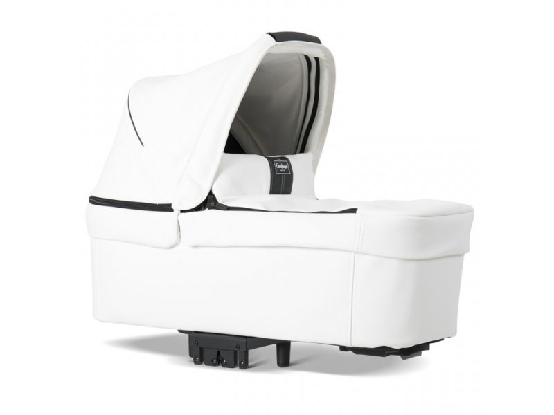 NXT carrycot leatherette white 30107 1