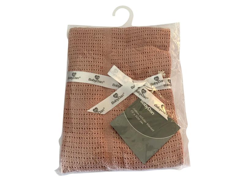 Dětská háčkovaná bavlněná deka Babydan Dusty Rose,75x100cm 1
