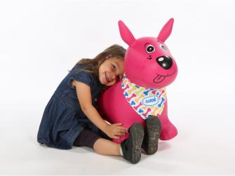 Skákací pes růžový 5