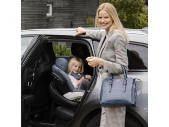 IZi Modular X1 i-Size Premium Car Interior Black, autosedačka 61-105 cm 5