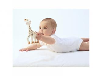 Žirafa Sophie (dárkový box) 11