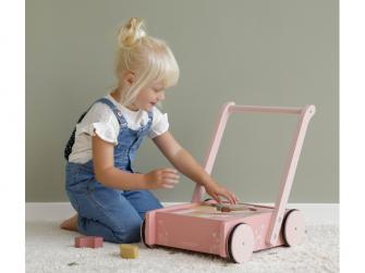 Vozíček s kostkami pink 6