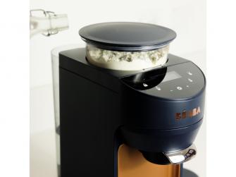 Přístroj na přípravu kojeneckého mléka Milkeo Night Blue 12