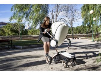 Xari kočárek 3G - sedák s korbou bílý 16