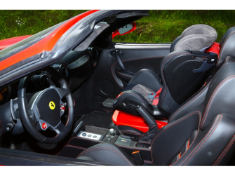 Autosedačka ISOFIX GLIDER (9-18) CARBON RACE RED 9