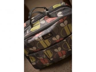 Cestovní a přebalovací taška POD 2 v 1 včeličky 8